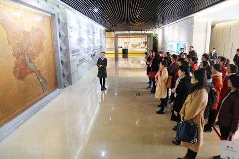 """济宁医学院附属医院工会组织""""美丽济宁,我们的家""""参观活动"""
